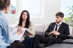 Couple with divorce mediation lawyer